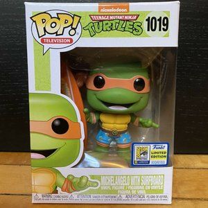 Funko Pop Michelangelo w/Surfboard SDCC